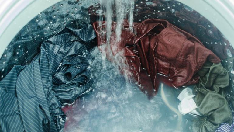 Çamaşır makinanızdan her yıl 2 ton plastik denize karışıyor olabilir.